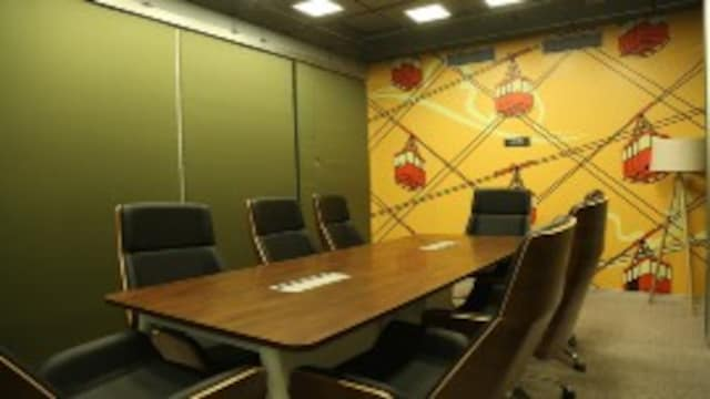 Meeting / Conference Rooms